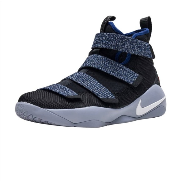 quality design a9a95 8f453 Little Kid's Lebron Soldier XI (11)